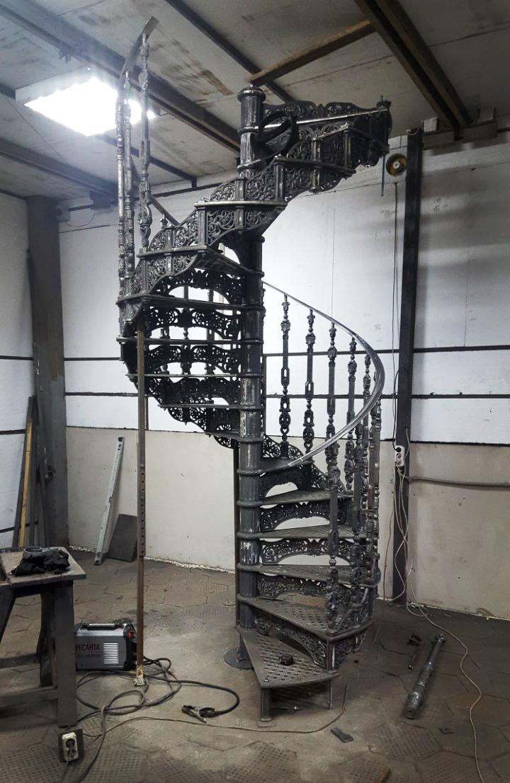 Винтовые лестницы от производителя